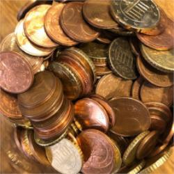 Münzen im Sammelglas